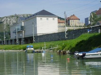 8. Bratislava - Hainburg